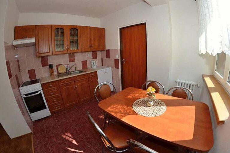 kuchynka apartman a